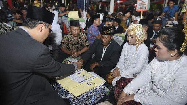 Pemerintah Bakal Naikkan Batas Usia Nikah di UU Perkawinan