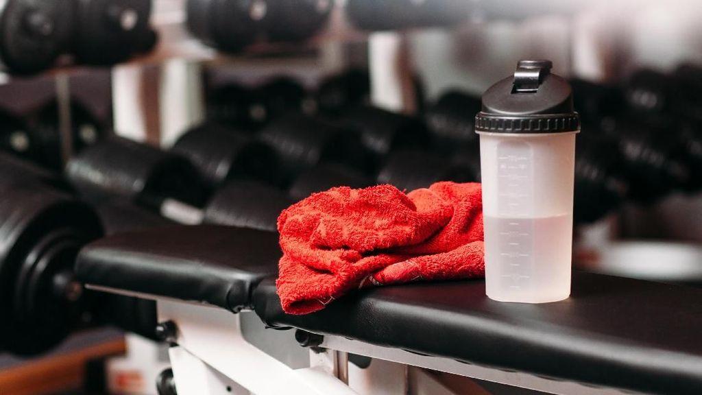 5 Alasan untuk Berpikir Ulang Masuk Gym Telanjang