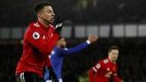 Jesse Lingard merayakan gol ke gawang Everton. Winger 25 tahun itu mencetak tiga gol dalam tiga pertandingan terakhir di Liga Primer Inggris bersama Manchester United. (Reuters/Lee Smith)