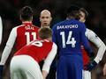 Chelsea Dapat Penalti, Wenger Kembali Protes Wasit