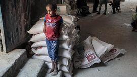 Trump Setop Bantuan, Anak-anak Palestina Terancam Kelaparan