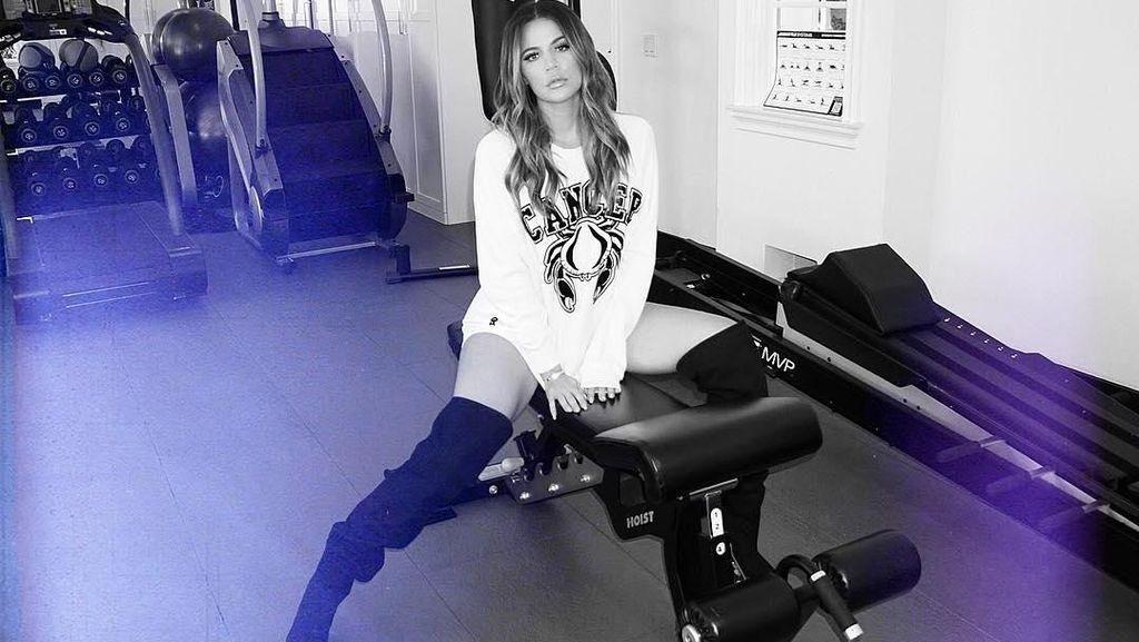 Foto: Begini Intensnya Olahraga Khloe Kardashian Sebelum Hamil