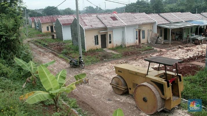 Bunga kredit konstruksi rumah non subsidi sudah di bawah 10% sementara bunga kredit rumah subsidi masih diatas 20%. Padahal rumah subsidi dijamin pemerintah.