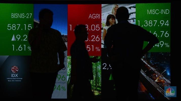Sentimen positif dari pasar saham regional ikut mempengaruhi investor di bursa domestik.