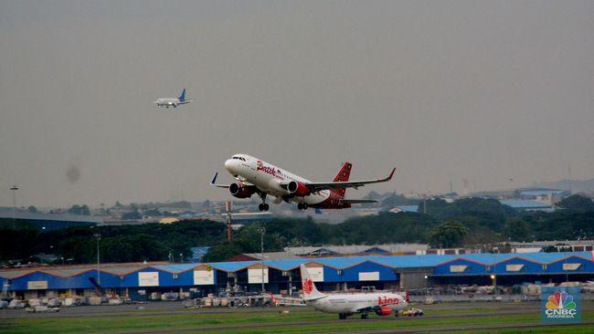Ini Alasan Maskapai Enggan Turunkan Harga Tiket Pesawat