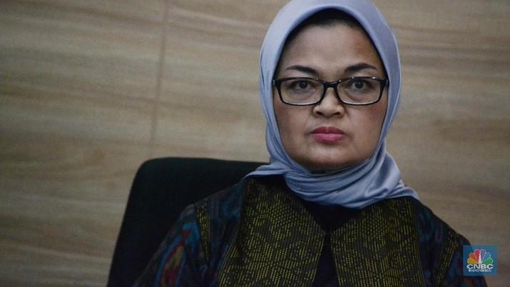 Kepala BPOM Penny Kusumastuti memberi keterangan pers di Gedung Menko Perekonomian, Jakarta.