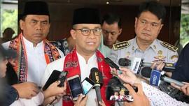 Anies: Gaji Camat DKI Lebih Tinggi dari Bambang Widjojanto