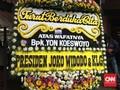 Jokowi Kirim Karangan Bunga untuk Yon Koeswoyo 'Koes Plus'