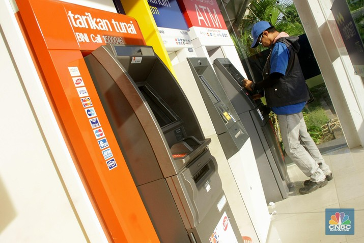 Padahal, Bank Indonesia (BI) tercatat sudah cukup agresif dalam memangkas tingkat suku bunga acuan.