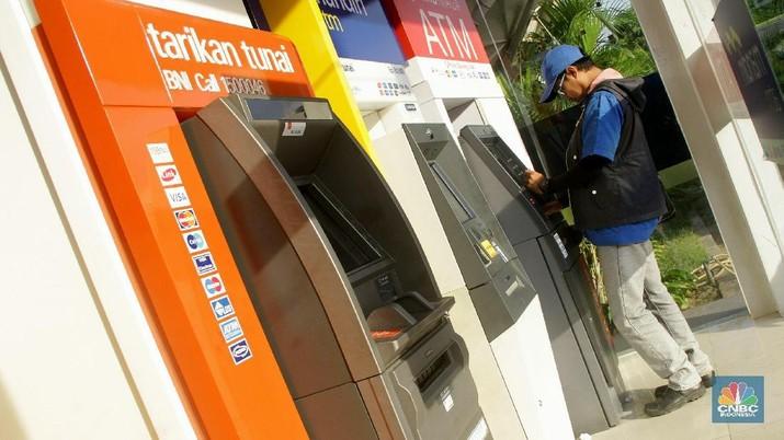 Sudah ada 50.000 karyawan bank yang kena PHK atau Pemutusan Hubungan Kerja.