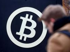 Sell-Off Berlanjut, Harga Bitcoin Kian Hancur Lebur