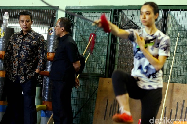 Menpora Tinjau Pelatnas Wushu