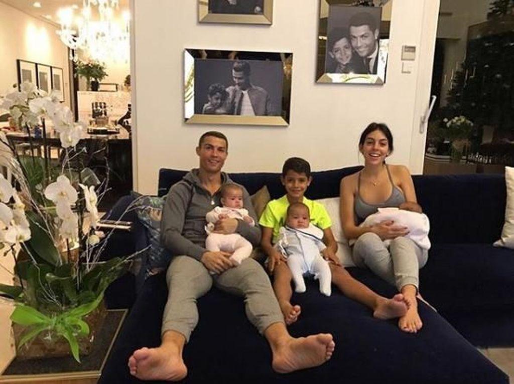 Foto: Baru Lahir, Para Bayi Ini Sudah Pecahkan Rekor Instagram