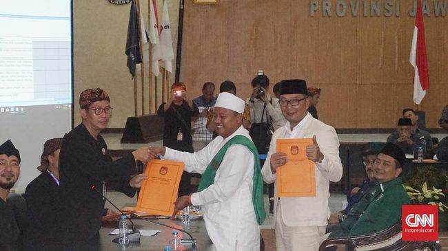 Ridwan Kamil-Uu Resmi Daftar Pencalonan di Pilgub Jabar