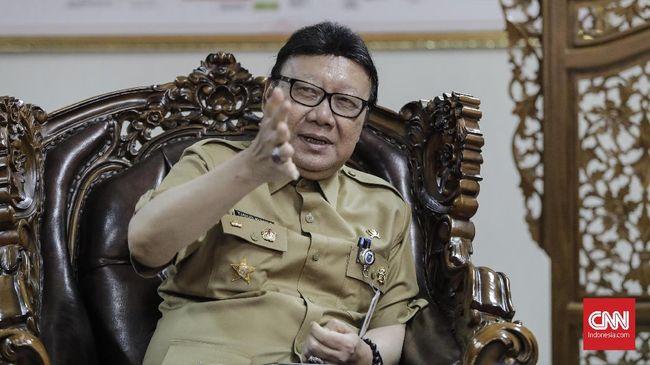 Mendagri Respons Kritik Andi Arief soal Gelar Baru Jokowi
