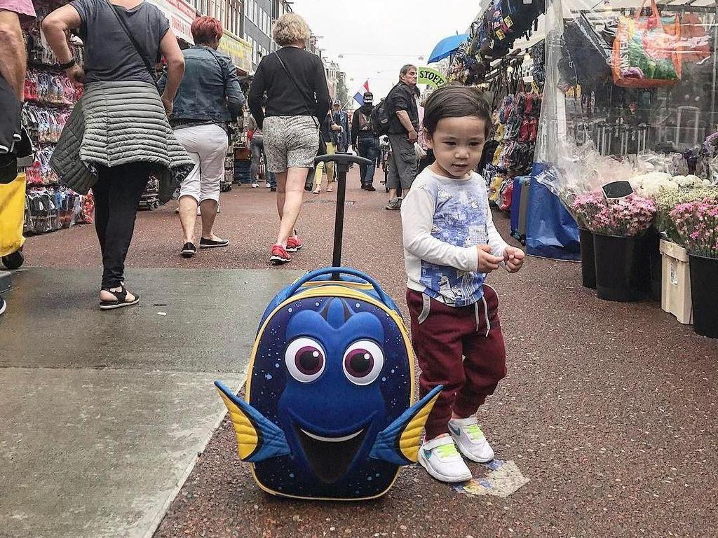 10 Gaya Anak Raffi Ahmad Pakai Kaus Kenzo Hingga Sepatu Gucci Jutaan Rupiah