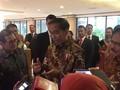 VIDEO: Jokowi Belum Baca Pengunduran Diri Khofifah