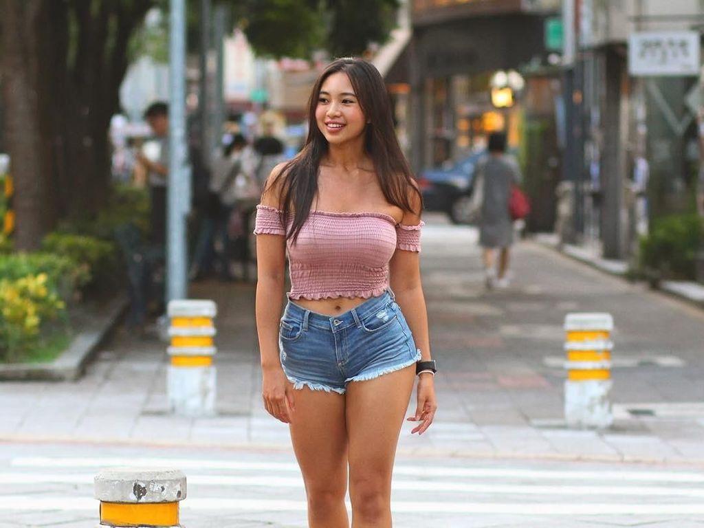 Punya Wajah dan Tubuh Indah, Pesona Model Taiwan Ini Bikin Pria Jatuh Hati