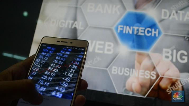 Fintech berkontribusi Rp 60 triliun ke ekonomi RI atau 0,458% terhadap PDB RI.