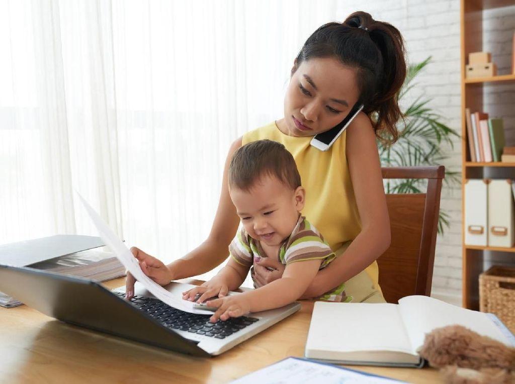 Buat Anak-anak, Ini Keuntungannya Punya Ibu Seorang Wanita Karier