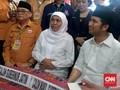 Selawat Badar Iringi Pendaftaran Khofifah-Emil di KPU Jatim
