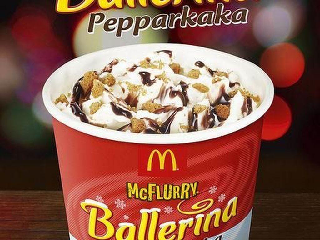 Di Swedia, McFlurry disajikan dengan rasa Ballerina Pepparkaka. Biskuit yang populer asal Swedia ini diracik untuk paduan es krim vanilla. Foto: Istimewa