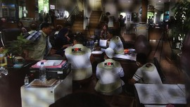 KPK Geledah Kantor dan Rumah Dinas Bupati Labuhanbatu