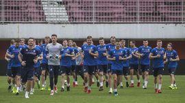 Penggawa Timnas Islandia Janji Kembali ke Indonesia