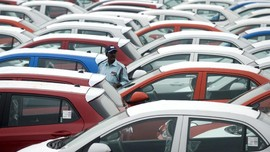 Gaikindo Pasang Target Penjualan Mobil <i>Flat</i> di 2018
