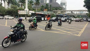 Pengendara Motor Kembali Ramaikan Lalu Lintas MH Thamrin