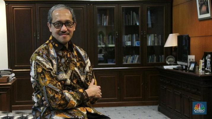 Presiden Joko Widodo (Jokowi) telah mengirimkan tiga nama usulan calon Deputi Gubernur Bank Indonesia (BI) pengganti Perrry Warjiyo.