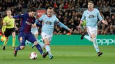 <p>Dua menit kemudian Barcelona menggandakan keunggulan atas Celta Vigo lewat gol kedua Lionel Messi yang kembali memanfaatkan assist Jordi Alba. (REUTERS/Albert Gea)</p>