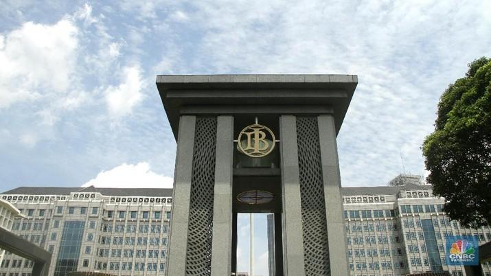 Bunga BI Harus Naik untuk Tekan Defisit Transaksi Berjalan