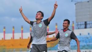 Arema vs Persela Imbang di Piala Presiden dengan Gol Dramatis