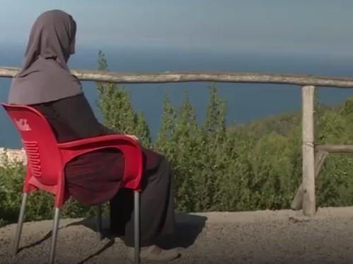 Kisah Pilu Wanita Berhijab yang Diceraikan Suami karena Kanker Payudara