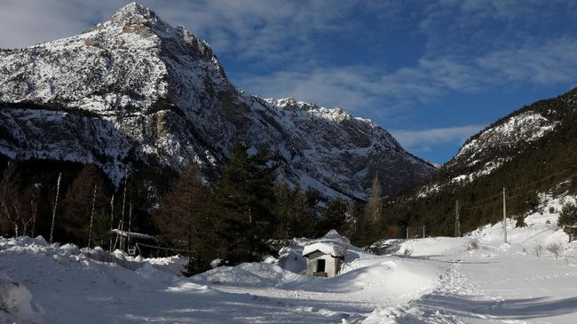 Longsor Salju di Pegunungan Alpen, Dua Tewas Tiga Hilang