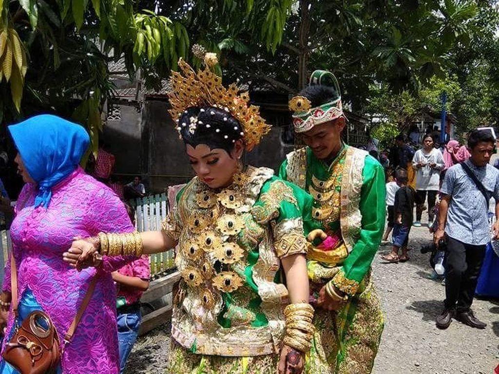 Pernikahan itu digelar di Kecamatan Penrang, Kabupaten Wajo, Sulsel, pada Rabu (10/1/2018) lalu. (Istimewa)