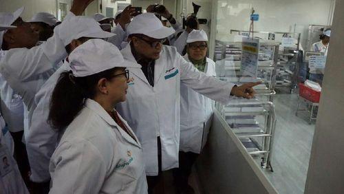 Menkes Cek Pabrik Vaksin Difteri di Bandung, Stok Dipastikan Aman