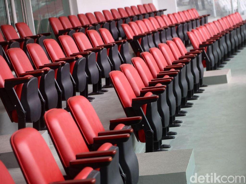 Stadion Utama Gelora Bung Karno telah selesai direnovasi. Stadion kebanggaan Indonesia itu kini telah siap digunakan untuk menggelar pertandingan.