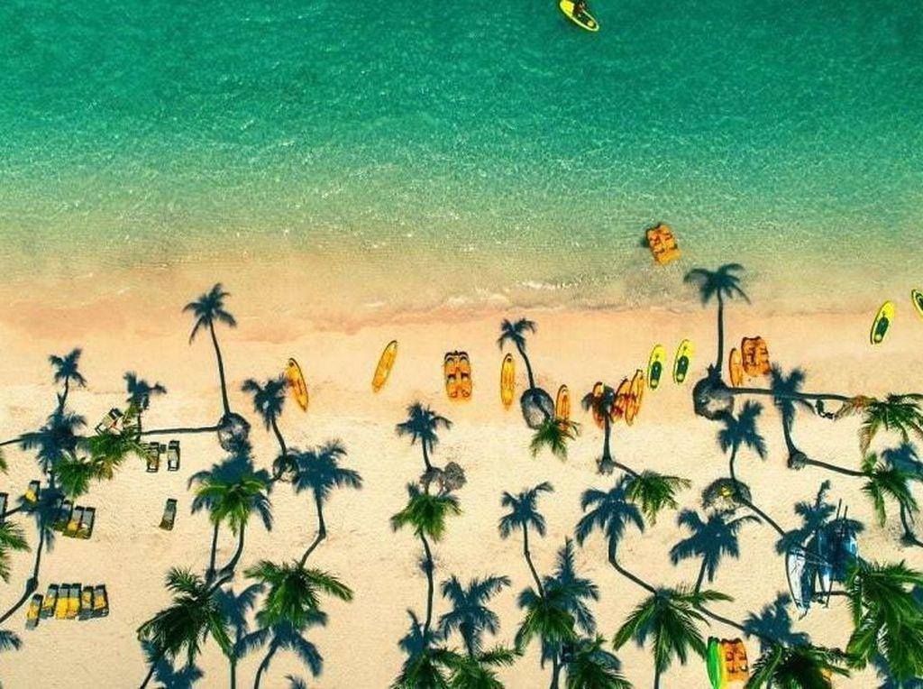 Pantai Punta Cana, Republik Dominika. Foto: Bored Panda