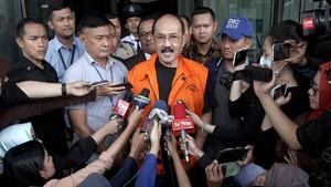 Fredrich Yunadi Akan Laporkan Basaria dan Jubir KPK ke Polisi