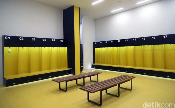 Foto: Melihat Ruang Ganti Pemain di GBK yang Mewah