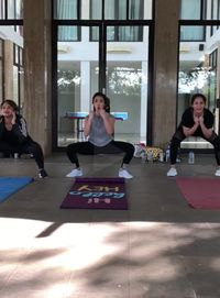 Di sela kesibukannya, Gisel selalu menyempatkan diri untuk berolahraga. (Foto: Instagram/@gisel_la)