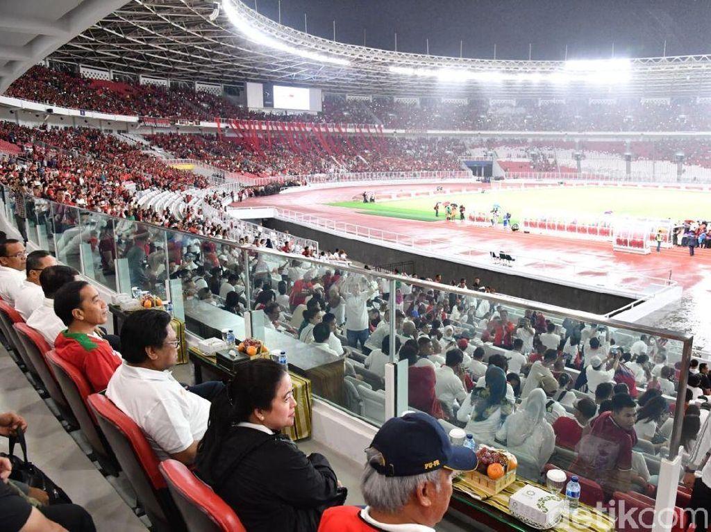 Foto: Hingga menit ke-67, Indonesia ketinggalan 1-3 lawan Islandia. (Foto: Laily Rachev - Biro Pers Setpres)