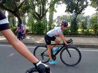 Gowes menjadi olahraga rutin yang dilakukan Titi Rajo Bintang. (Foto: Instagram @titirajobintang)