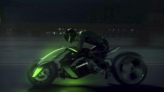 Sepeda Motor yang Bisa Berubah Bentuk Bak Robot Transformer