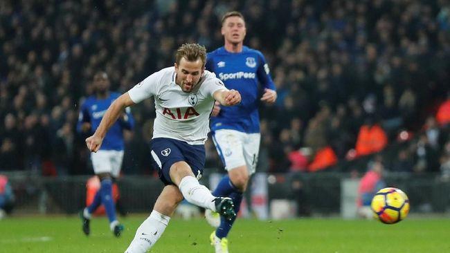 Cukur Everton, Spurs Tempel Ketat Liverpool