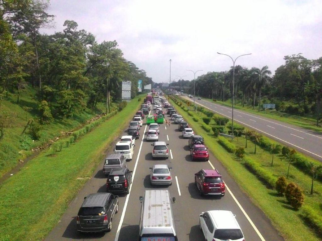 Tol Jagorawi memiliki rute sepanjang 46 kilometer yang merupakan tol pertama di Indonesia pada 1973. Tol Jagorawi menghubungkan wilayah Jakata-Bogor-Ciawi. Dok. PU.