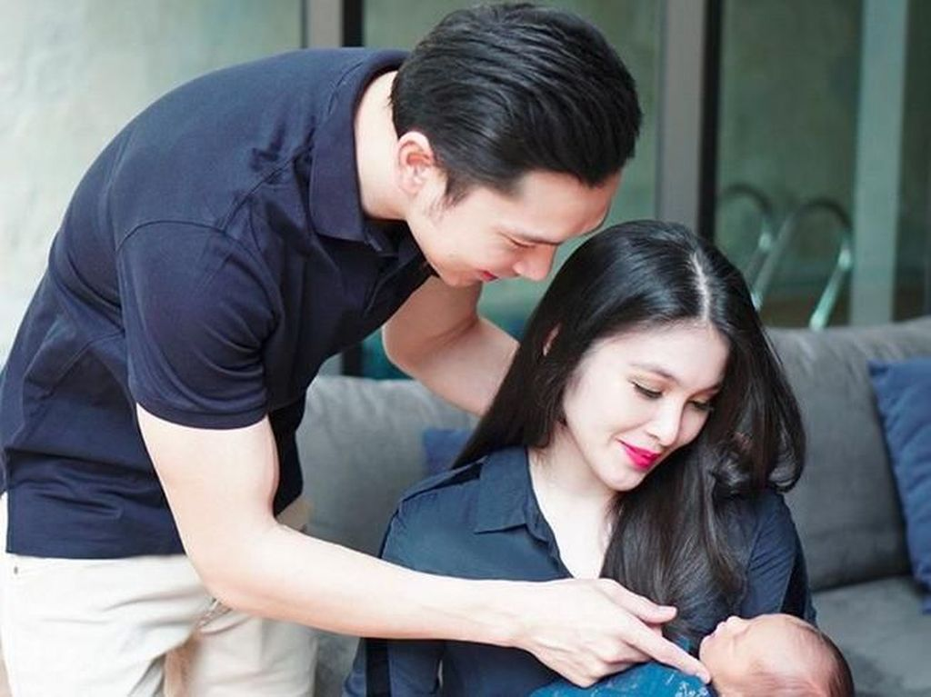 Selamat menjadi orangtua ya Sandra Dewi dan Harvey Moeis. Foto: Sandra Dewi (Instagram)