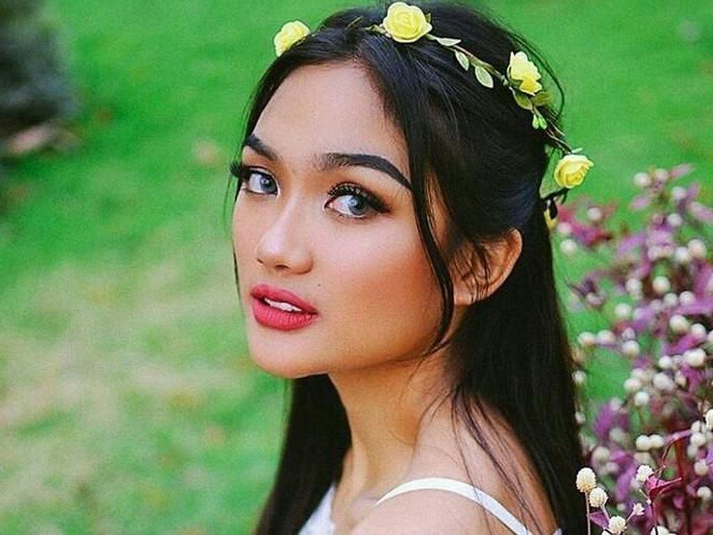 Marion Jola adalah salah satu peserta ajang pencarian bakat Indonesia Idol 2017. Foto: Marion Jola (Instagram)